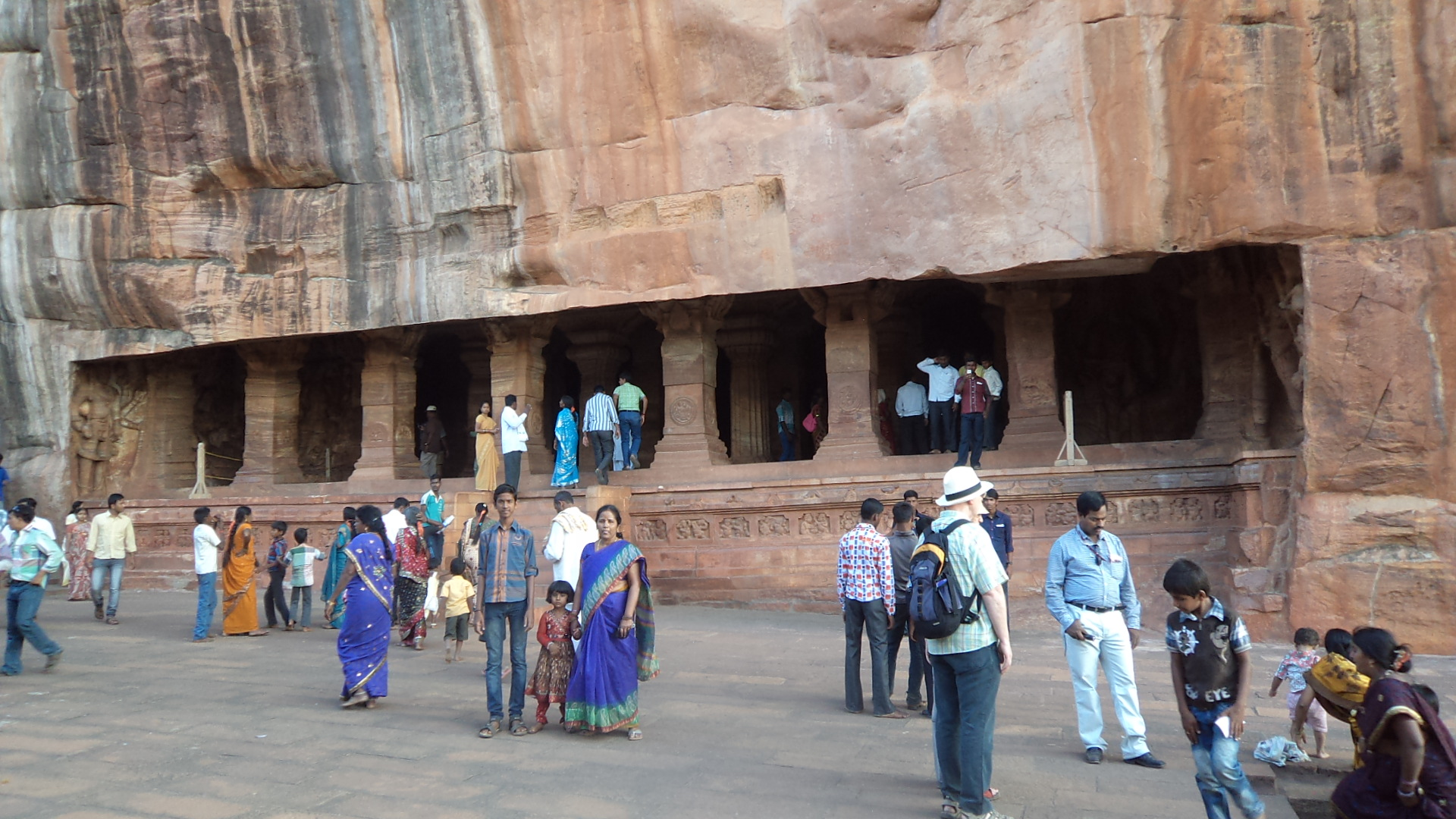 Goa – Badami - Anegundi - Hampi - Goa: 3 Nights / 4 Days